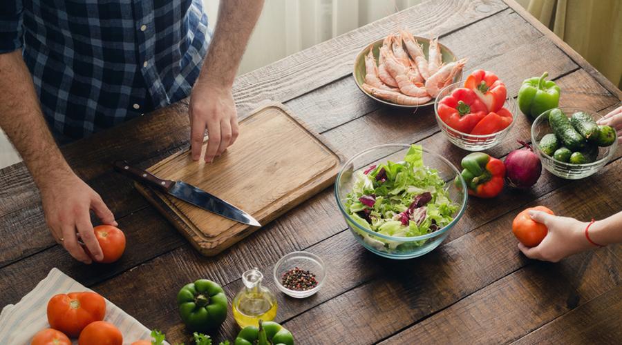 Quels aliments ne doit-on pas manger le soir ?